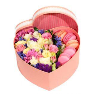 Цветы в коробке «С печеньем»
