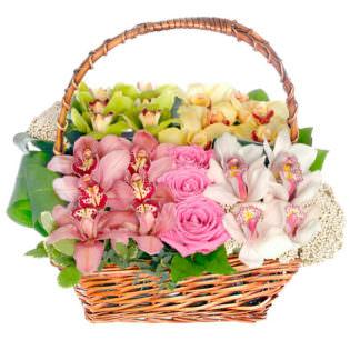 Цветы в корзинке «Капля счастья»